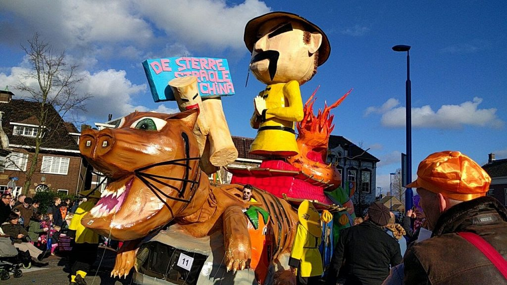 carro-alegorico-2-carnaval-tilburg